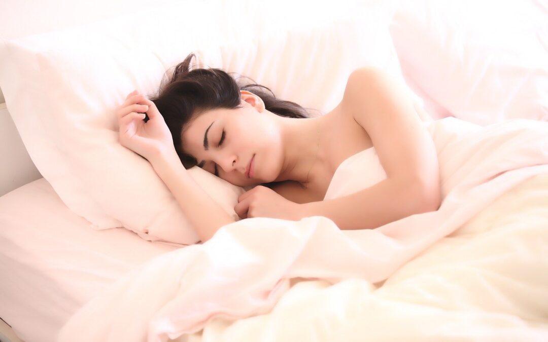 La stanchezza si può combattere con l'alimentazione e… un buon cuscino!